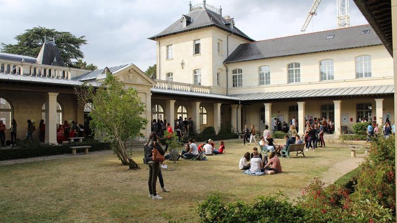 Calendrier Des Examens Sciences Po.Sciences Po Rennes Est Bloque L Universite Rennes 2 Reporte