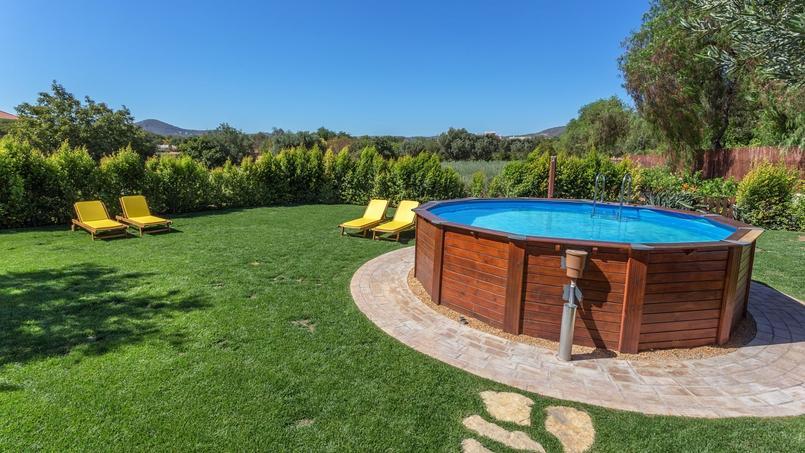 Fort de br gan on faut il construire une piscine hors sol ou enterr e - Construire une piscine hors sol ...