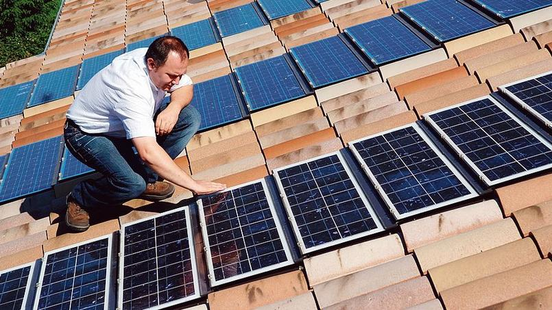 La France s'est fixé comme objectif d'installer entre 18.200 et 20.200 mégawatts (MW) de capacités solaires d'ici à 2023.