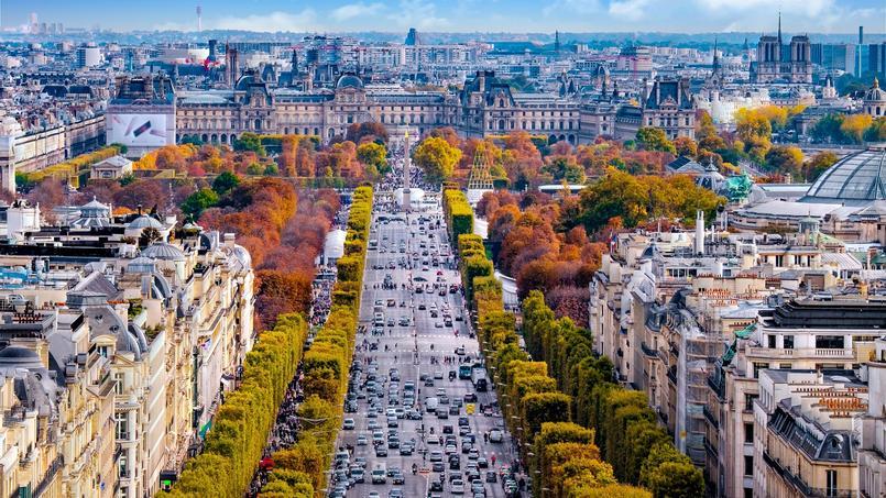 C'est dans le 8e arrondissement de Paris que l'on trouve l'une des fortes proportions de cadres parmi les acheteurs.