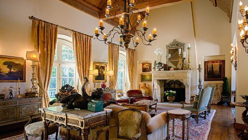 Une pièce du château, situé dans la ville californienne de Carmel-by-the-Sea.