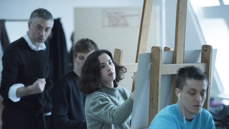La plupart des bacheliers admis sont passés par une prépa privée parisienne (ici le cours de peinture aux Arts Déco).