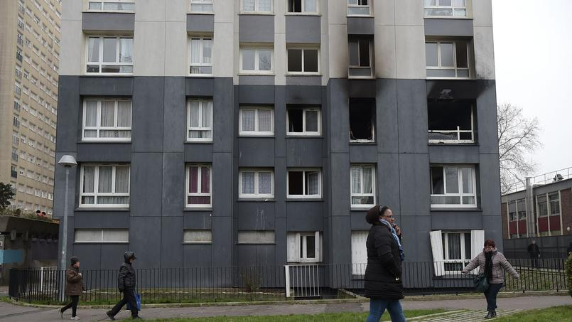 Après l'incendie qui a causé la mort de quatre personnes dans un immeuble, Bobigny envisage de mettre en place le permis de louer en septembre
