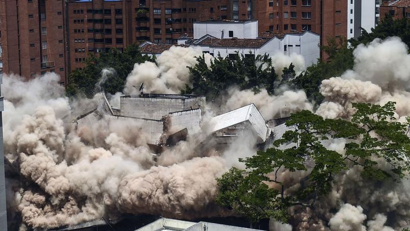 La maison de Pablo Escobar en Colombie a été dynamitée