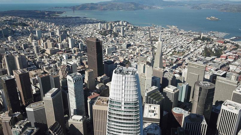 Vue sur le plus grand gratte-ciel de la ville, la Salesforce Tower et ses 326 mètres de haut