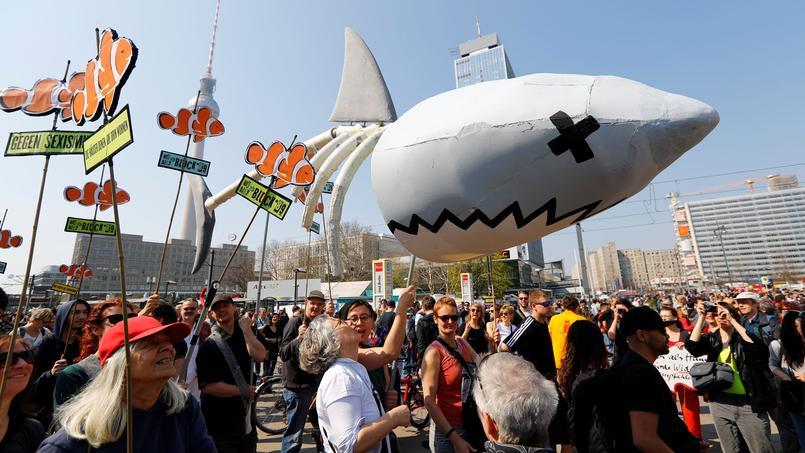 Des manifestants contre la hausse des loyers à Berlin