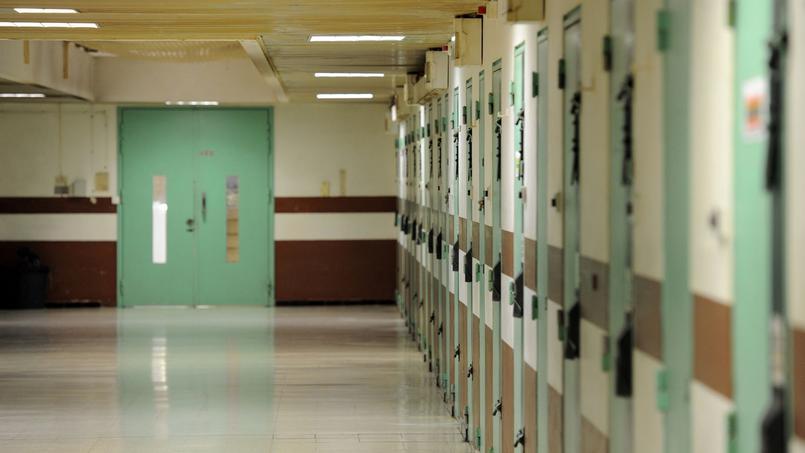 Nîmes : un détenu pédophile en garde à vue pour viols d'une fillette en prison