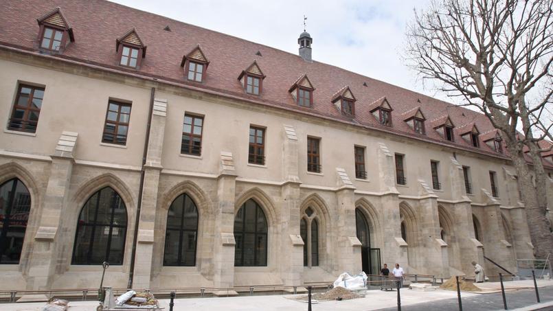 FRANCE-ARCHITECTURE-COLLEGE-BERNARDINS