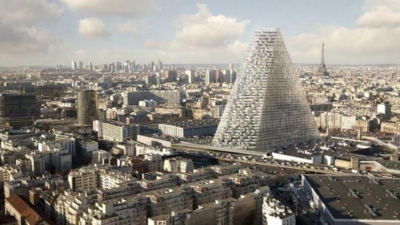 La construction de la tour Triangle doit générer la création de 5000 emplois, promet la maire de Paris Anne Hidalgo