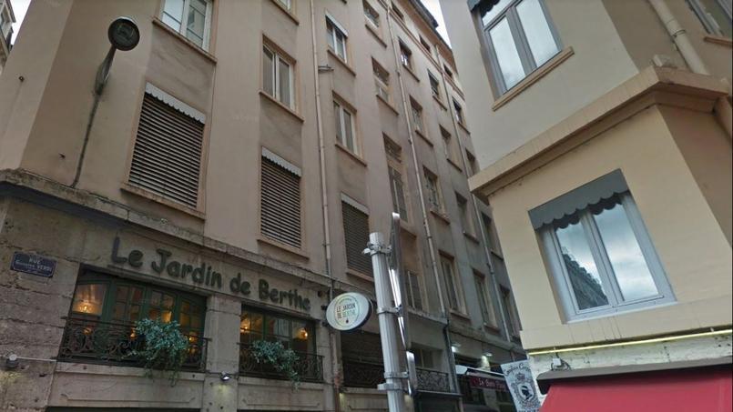 C'est dans cet immeuble, rue Giuseppe Verdi, qu'a eu lieu l'incident