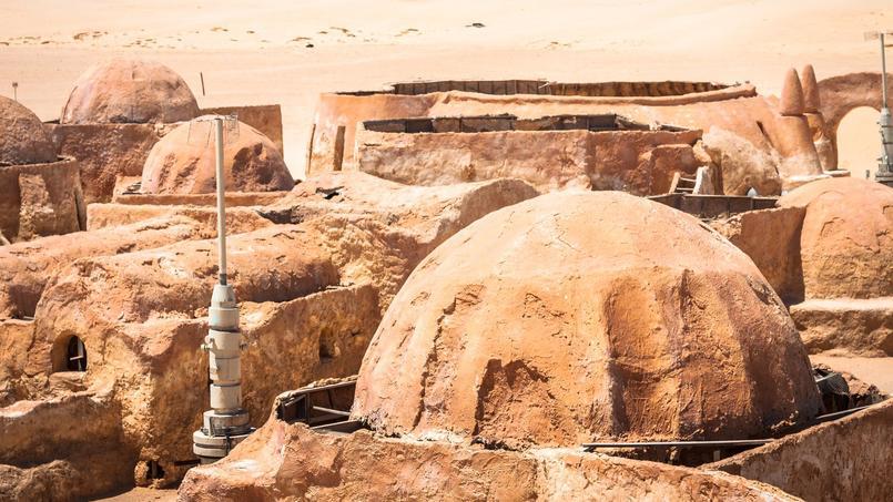 Les logements s'inspirent des petites maisons rondes de la planète Tatooine dans la saga Star Wars