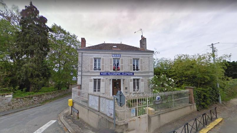 C'est la mairie de Féricy (notre photo) qui devient propriétaire de la maison.