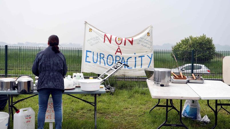 Europacity: le maire de Gonesse dénonce un «acte d'abandon» de l'État