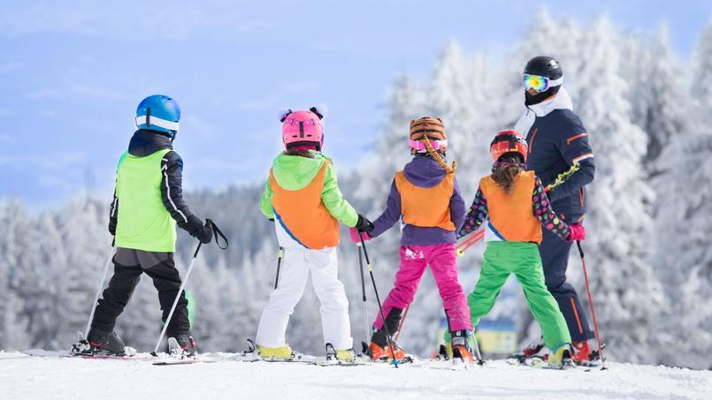 Sports d'hiver: quelles précautions pour éviter les blessures ?