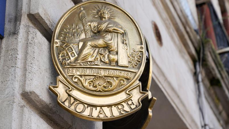 Immobilier: la signature à distance des actes de vente divise les notaires