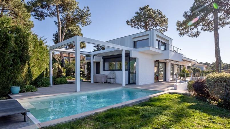 Villa de 240 m² à l'architecture contemporaine au Pyla-sur-Mer (bassin d'Arcachon).