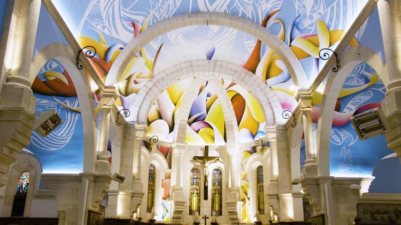 Une restauration haute en couleur pour cette église près de La Rochelle