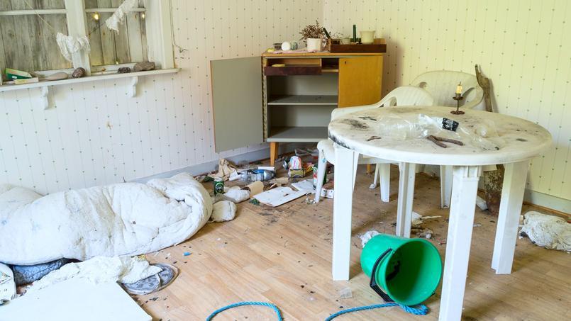 Le propriétaire réclame à la plateforme le remboursement des travaux mais aussi un an et demi de location de son logement qu'il n'a pas pu encaisser.