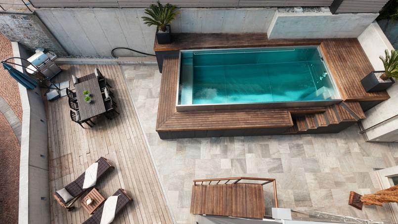 Une piscine semi-enterrée est couverte par une garantie de dix ans