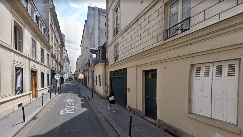 C'est dans cette rue du 7e arrondissement de Paris qu'un propriétaire a été condamné pour ne pas avoir respecté l'encadrement des loyers