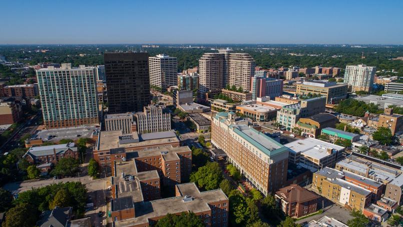 Vue aérienne d'Evanston, dans la banlieue de Chicago.