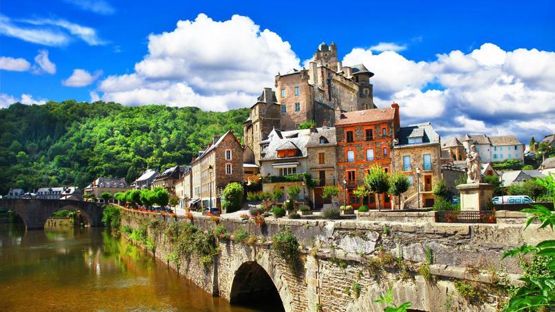 Estaing, dans l'Aveyron, a été classé parmi les plus beaux villages de France