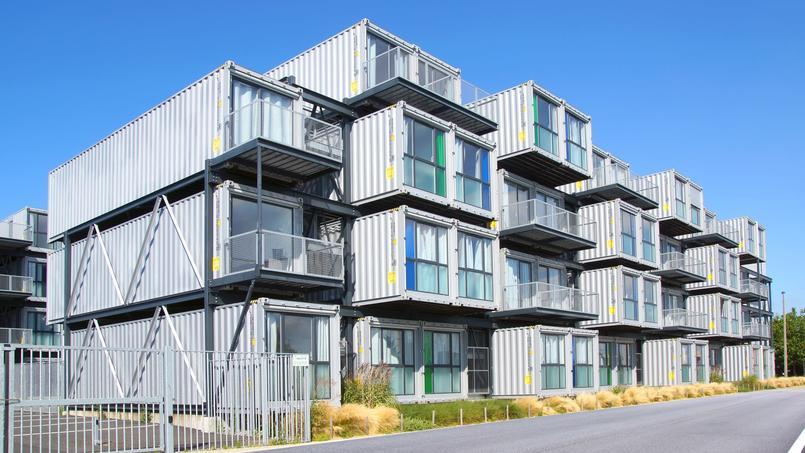 Le Havre a opté pour une audacieuse résidence étudiante réalisée à partir de containers maritimes.