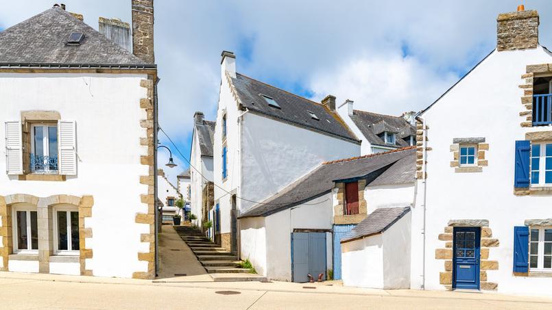 Carnac, petite commune morbihannaise de plus de 4000 habitants, est une des villes privilégiées par Stéphane Plaza pour s'y installer