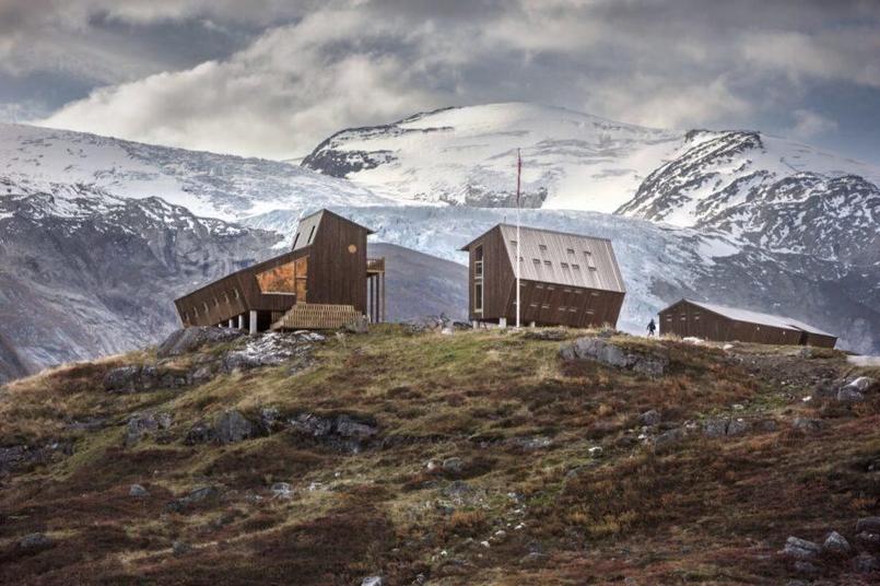 Ce refuge de montagne norvégien mêle élégance et résistance aux tempêtes