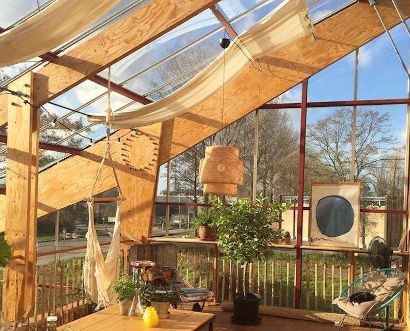 maison serre toit potager et l envie de se mettre au vert. Black Bedroom Furniture Sets. Home Design Ideas