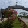 Entrée du gigantesque zoo de Naypyidaw.