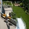 Les heureux coworkers peuvent également profiter des terrasses et d'un jardin conçu pour le travail ou les loisirs.