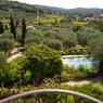 Une vue «typiquement provençale» sur la région de Grasse depuis le balcon du mas.