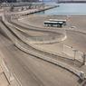 Vue sur le terre-plein constructible de 16.500 m² en bord de bassin qui fait aussi partie de l'appel à projets.