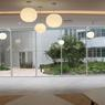 Le restaurant interadministratif offre une vue agréable sur la cour principale et ses jardins.
