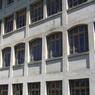 À Saint-Claude (Jura), cette ancienne usine de pipes qui s'étale sur 1250 m² cherche un acheteur pour 179.000 euros.