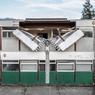 «Open to the public», la dernière installation de l'artiste Alex Chinneck.