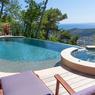 Trophée d'argent, catégorie «piscine familiale de forme libre».