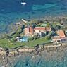 Promontoire rocheux privatif au nord-est de la Sardaigne, à Stintino, avec sa vaste villa affiché à 9,8 millions d'euros.