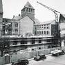 Reconstruction en 1949 de l'ensemble architectural en grès rose, après les bombardements de la Seconde Guerre mondiale.