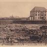 À partir de 1911, les Goélands sont transformés en hôtel-restaurant, gagnant au passage un étage supplémentaire.
