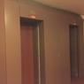 Les nouvelles cages d'ascenseurs coupe-feu, qui respectent les normes de sécurité incendie pour un Immeuble de Grande Hauteur (IGH).