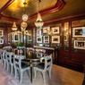 Le duplex de Tommy Hilfiger est un lieu à part où on se sent vraiment ailleurs, ici la salle à manger.