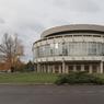 L'ancien mess des officiers a été conçu en 1967 par l'architecte Roger Gaertner, élève de Le Corbusier.