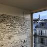 Une autre chambre pour amateur de toits parisiens.
