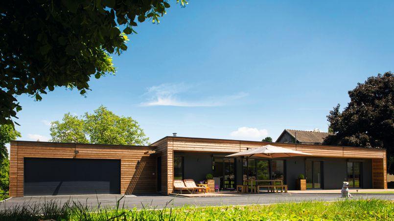 La maison en bois qui se pose en un jour - Maison contemporaine prefabriquee ...