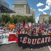 Le Québec triple les droits de scolarité des étudiants français