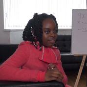 Royaume-Uni : Esther, 10 ans et déja en licence de maths