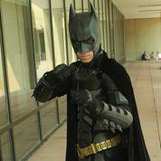 Un étudiant conçoit un costume de Batman ultra-résistant