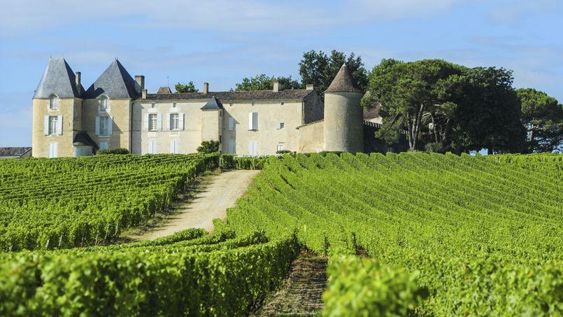 Même si les prix des grands bordeaux ont reculé ces dernières années, en moyenne sur vingt ans ceux des vins français ont progressé.